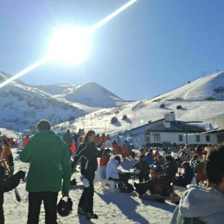 Snowboard/Ski Leon